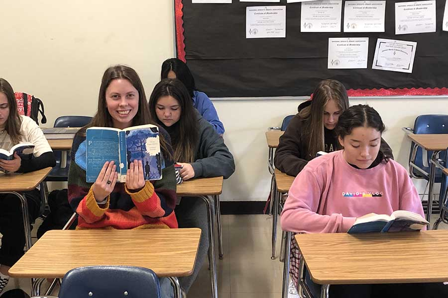 Julia Yellen '20 finds inspiration for her article by reliving the good old days of freshman English.