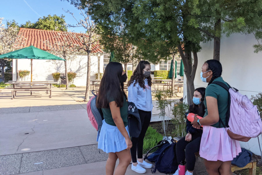 Sophia Islas '23, Ana Sofia Ortiz '23, Emily de Leon '23 and Emily Smith '23 love to chat before the bell rings. Maybe these students look so relaxed and happy because Wellness Wednesdays have been a normal part of their weekly schedule this year.